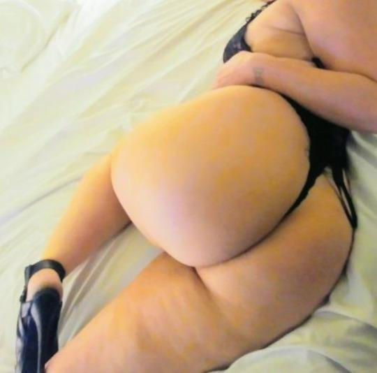 🍭🍬ITS Snowing 🐰With Some Late Night 🍬🍭 Specials🍬🍭With This Sexi Bunni🐰🍭 - 28,619-732-7818,InlandEmpire,female escorts
