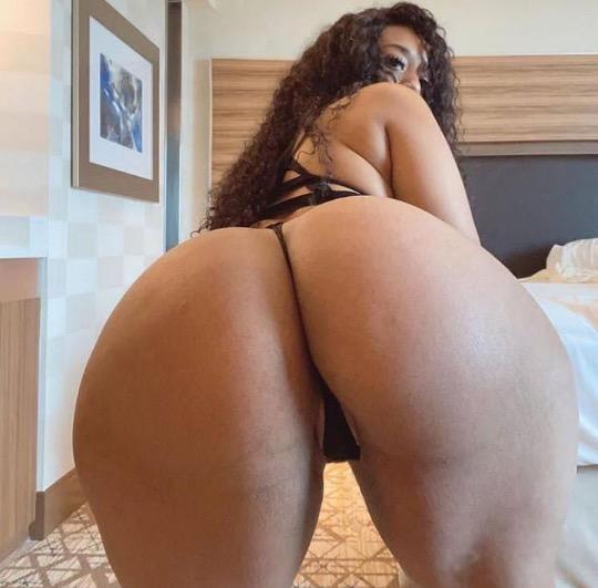 AMAZING PHAT ASS AVAILABLE 24 7 INCALL AND OUTCALL NO GAME