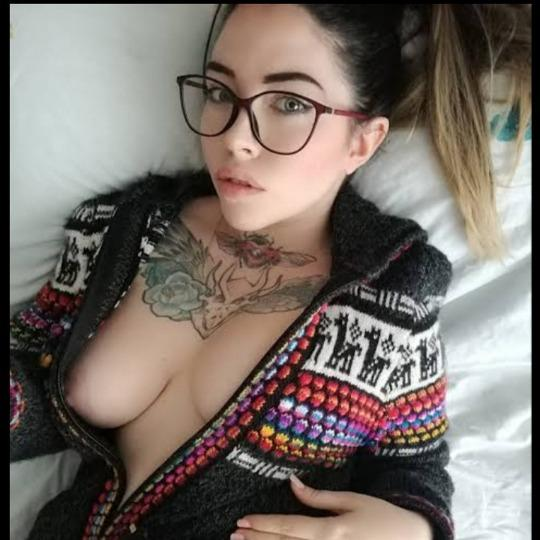 I m available for Escort service