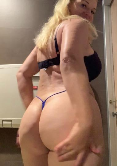 I m available for both incall and outcall service i offer full satisfaction and also sale sexy videos