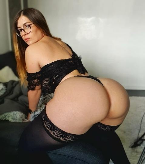 AVAILABLE For Oral sex hardcore Anal Sex WITHOUT CONDOM