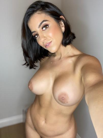 Escort service available for hookup