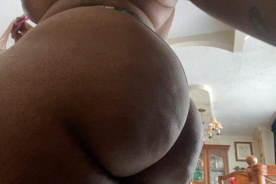 WATCH ME SUCK DICK OR GET FUCK ON FACETIME