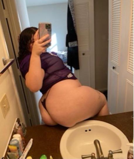 3 SOMES AVAILBLE FRIDAY DEALS ANY RACE ANY FETISHES THICK YOUNG SNOWBUNNY NO RULES INCALL AND OUTCALL cant wait to please you daddy I REQUIRE A HALF DEPOSIT FROM NEW CUSTOMERS Age 21