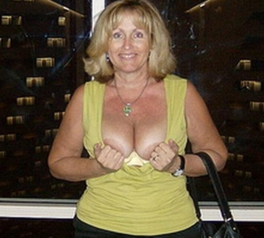 SPECIALS BOOBS DIVORCED CLEAN PUSSY SUCK FUCK AVAILABLE NOW - 45