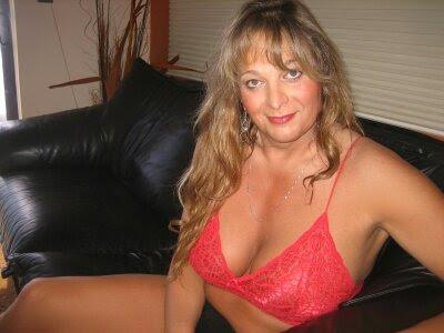 Escort 916-868-8423 Minutes from downtown or airport, Sacramento transx