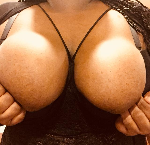 Escort 708-933-9976 South Holland, Calumet City, NWI luxerotica