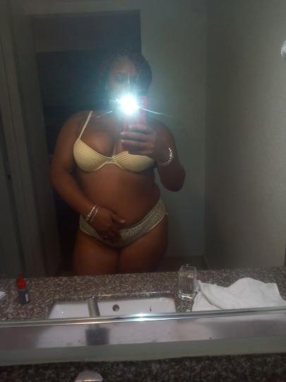 SOUTH STPETE INCALLS NOW 120 Very DisCreet Clean & Convenient UNLIMITED SPECIALS NOW 120 BUSS WITH ME INCALL