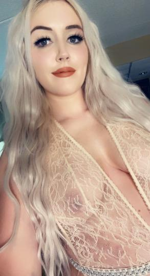Upscale Tall Blonde GFE Highly Reviewed