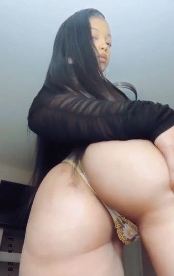Young And Horney Exotic And Erotic Fun With chocolate Baby wanna Fuck me Available Car Fun Incall Outcall