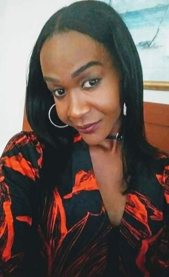 VISITING EBONY VERS SHEMALE I LOVE TO PARTY IN/OUTCALLS 10:06 PM