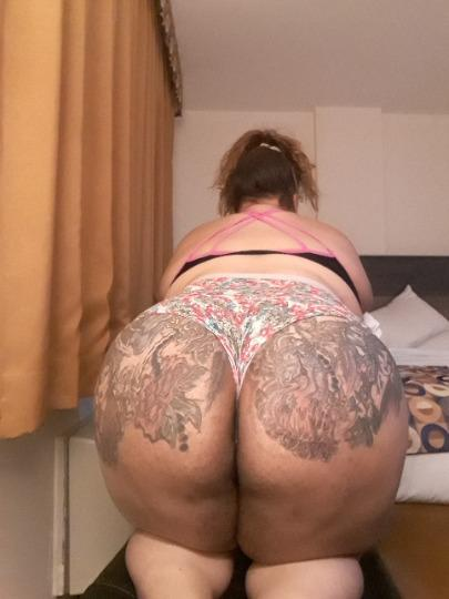 Sexxy Spanish mami with a yummy Tatted Ass Cum See for Your self