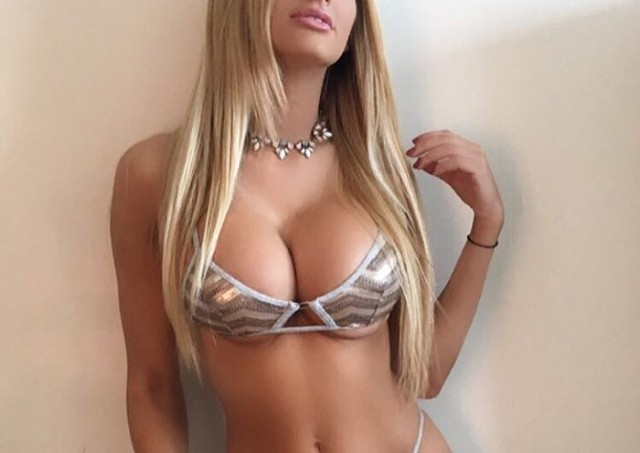 Escort 786-438-2294 Kendall, Miami, Palmetto Bay. Pinecrest. KENDALL  independent